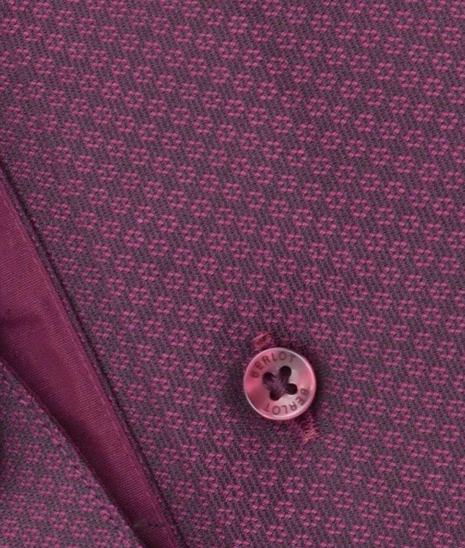 Рубашка Berlot бордовая, мелкий орнамент, приталенный силуэт